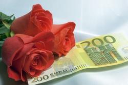 LOVE  vs  MONEY :LA JEUNESSE FACE A SON ÉTERNEL CASSE-TÊTE