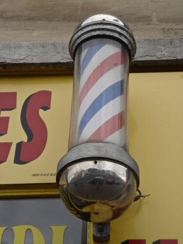enseigne coiffeur TRADITIONNELLE