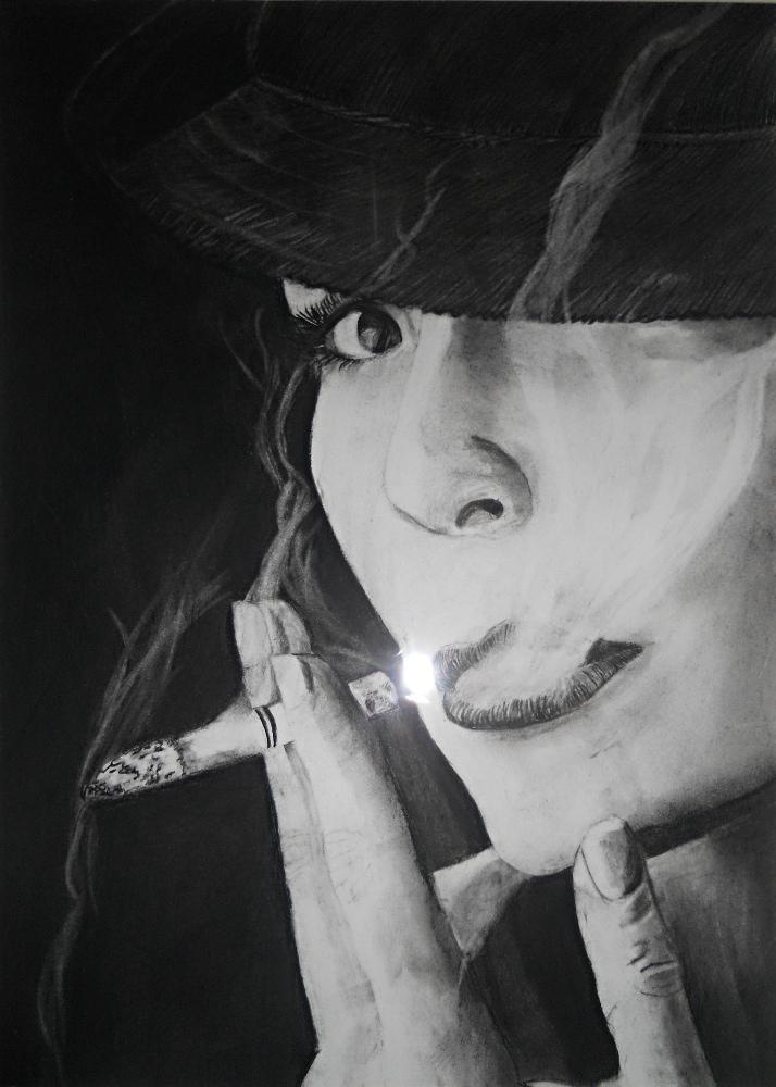 dessin portrait femme qui fume