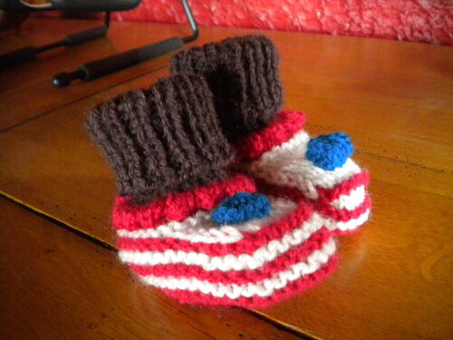 TRICOT : CHAUSSONS