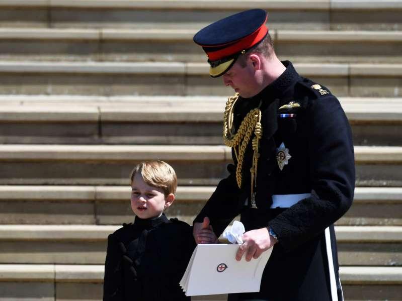 Le prince George visé par Daesh, la famille royale réagit