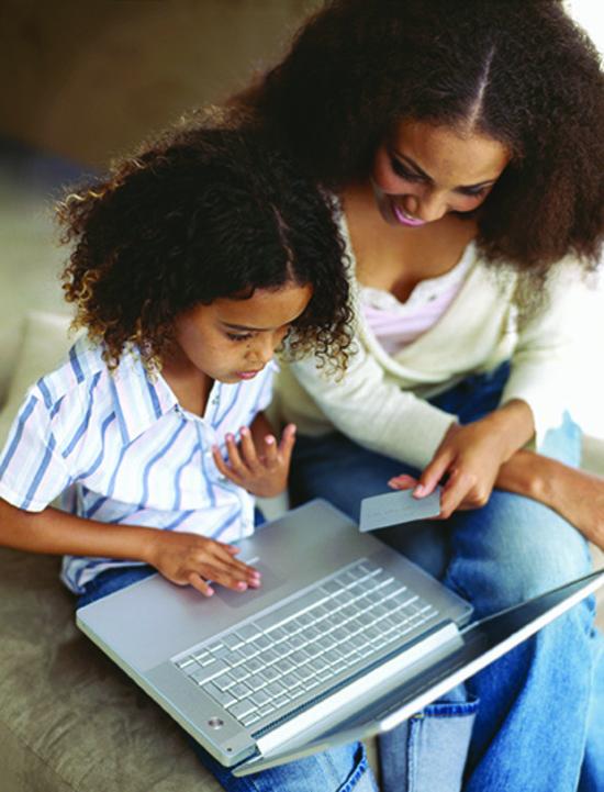 Finances:   Carte de débit – Jamais trop jeune?