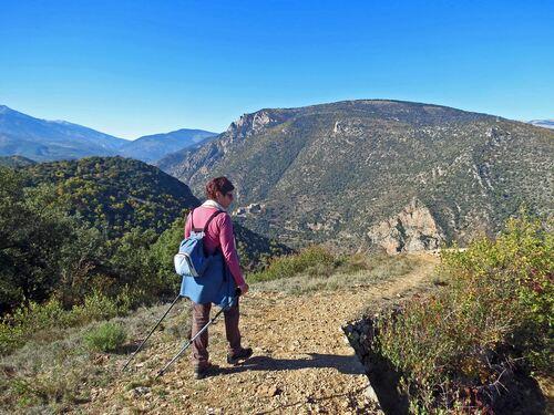 La Redoute d'Ambouilla (813 m) et autres découvertes depuis Sirach (470 m)