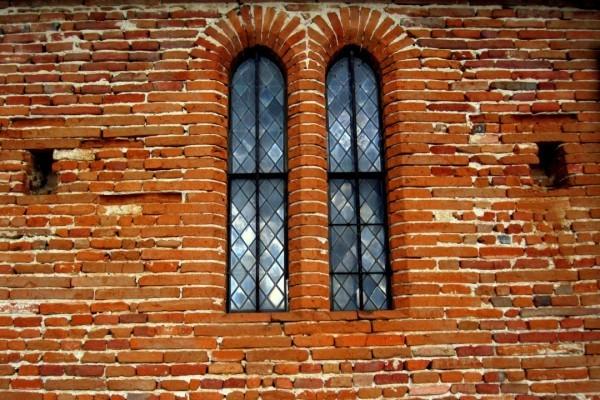 KY07 - Mur de l'église