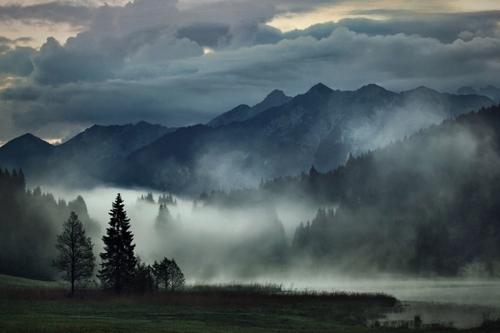 Kilian Schönberger et ses paysages de contes et légendes