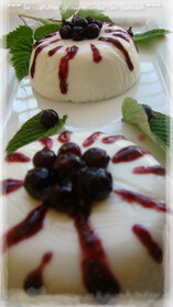 TIMBALE DE FROMAGE BLANC AUX CASSIS