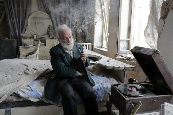 Mohammed Mahiedine Anis dans sa chambre à Alep