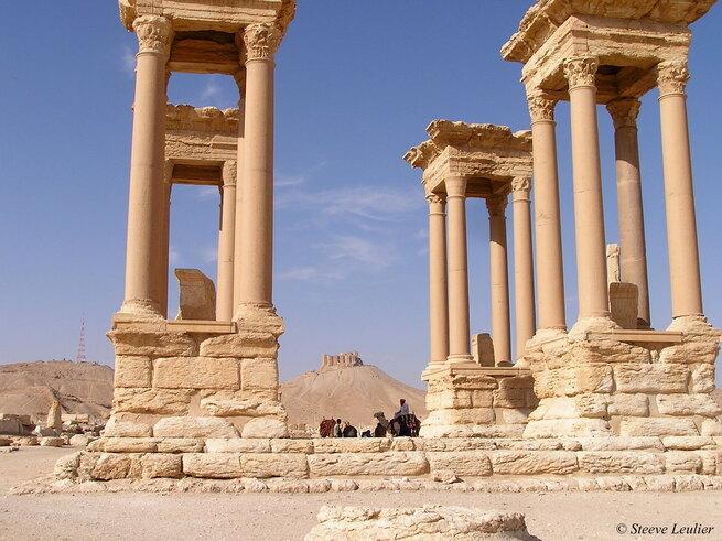 Palmyre : Arc triomphale, collannades et tétrapyle