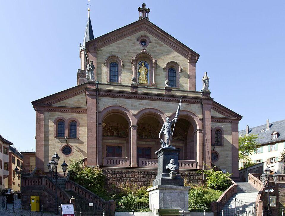 Weinheim St.-Laurentius-Kirche 20120918.jpg