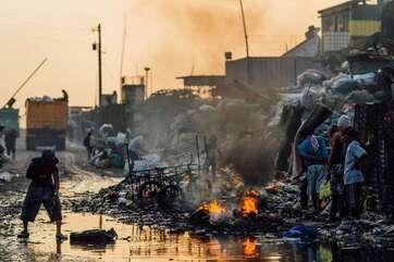 Dans certaines villes comme Bombay, Jakarta ou Buenos Aires, les travailleurs du secteur informel collectent plus de la moitié des déchets municipaux. © Adam Cohn, Flickr