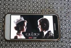The crown saison 1