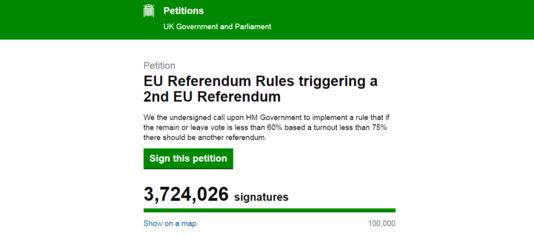 La pétition réclamant un second référendum sur la place du Royaume-Uni dans l'Union européenne recueillait, lundi 27 juin, 3,7 millions de signatures.