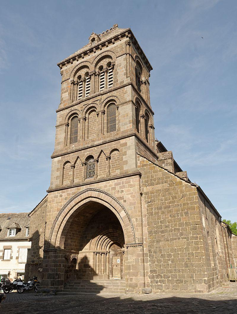 Église Saint-Matthieu de Salers 2015-05-12.jpg