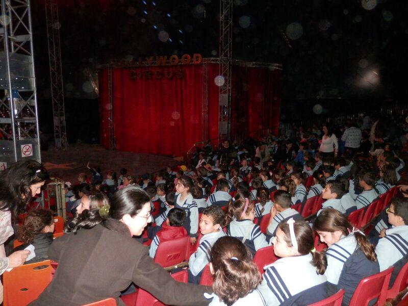 Le public s'impatiente (Hollywood Circus).