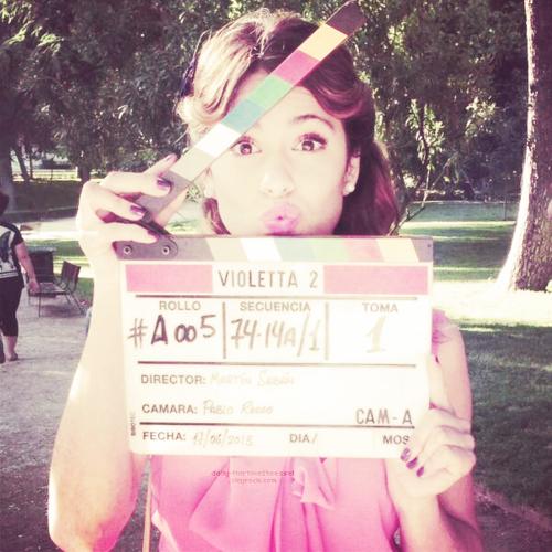 Les coulisses et les plateaux de la série Violetta