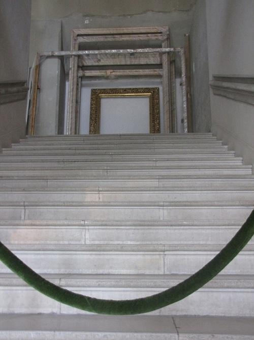 ... escalier...