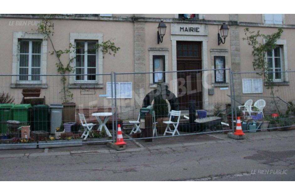 """Résultat de recherche d'images pour """"Chailly-sur-Armançon mairie"""""""