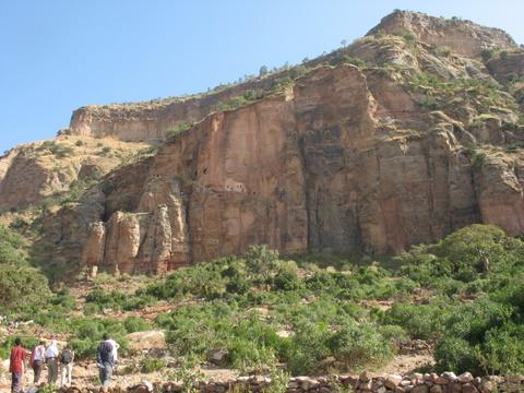 Abyi Adi - une église là dans la montagne !
