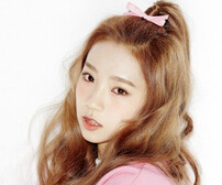 """WJSN's Yeoreum """"Would You Like"""" promotional picture."""