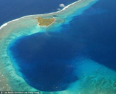 Une île entre le ciel et l'eau ...