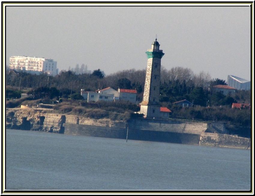 De St Georges de Didonne à Meschers par le chemin côtier   (photos de mars 2014)