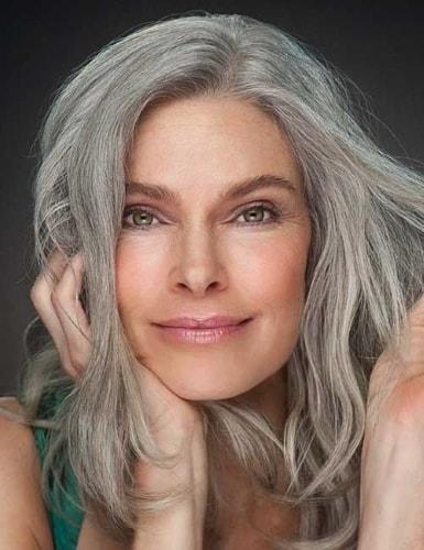 """Résultat de recherche d'images pour """"femme cheveux blancs naturels"""""""