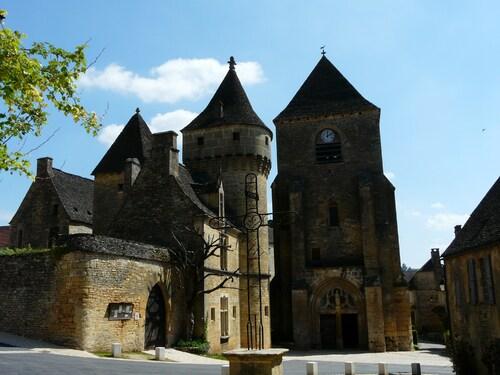 Saint-Geniès  (Dordogne)
