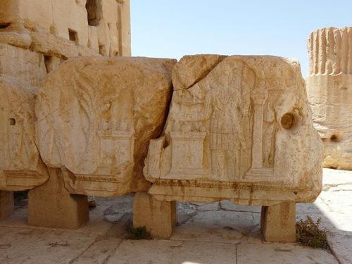 Palmyre; de magnifiques bas-reliefs;