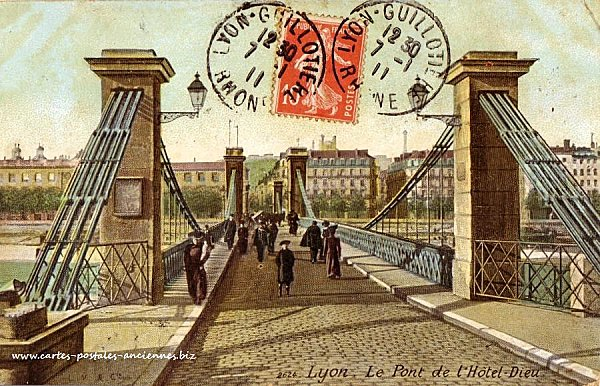 pont-hotel-dieu.jpg