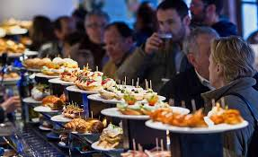 """Résultat de recherche d'images pour """"repas au bar a tapas"""""""