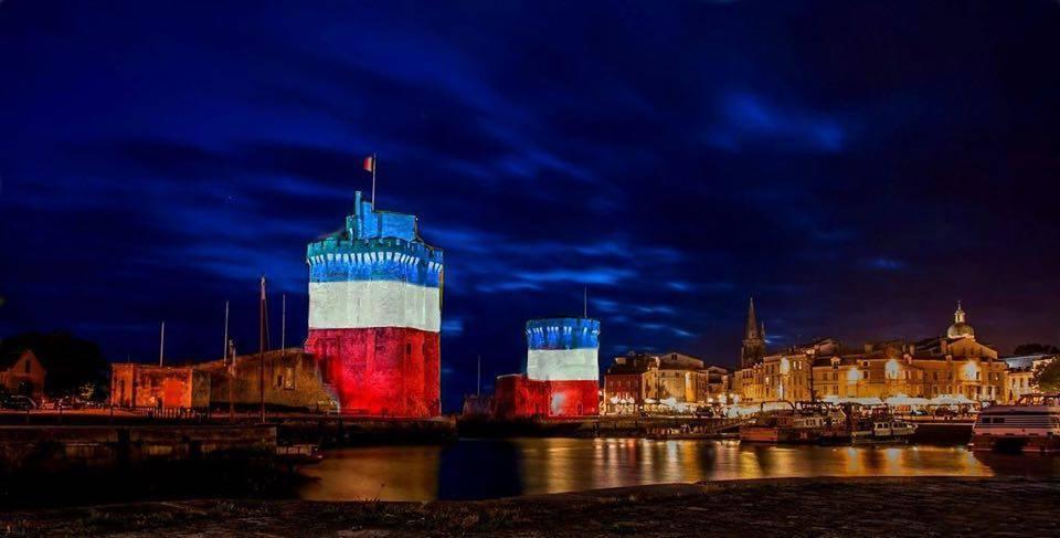 La Rochelle rends hommage aux victimes des attentats