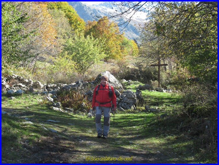 Valgaudemard, les cabanes de Prentiq et sources du Doux