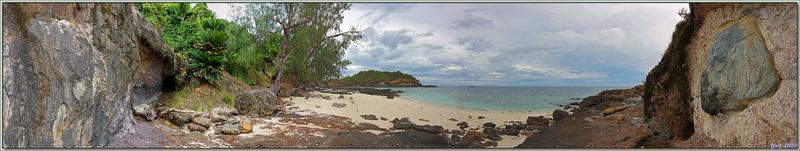 Les roches volcaniques montrent bien l'origine de l'île Tsarabanjina - Archipel Mitsio - Madagascar