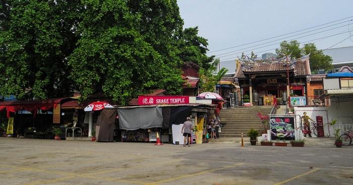 13 Juillet - Des serpents, de la pluie, des temples et encore des temples...