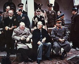 Sommet de Yalta 1945 with Churchill, Roosevelt, Stalin.jpg