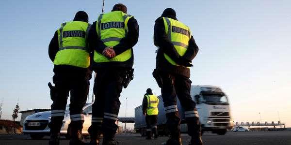 Méthodes d'enquêtes douteuses : l'ex-numéro deux du renseignement des douanes mis en examen
