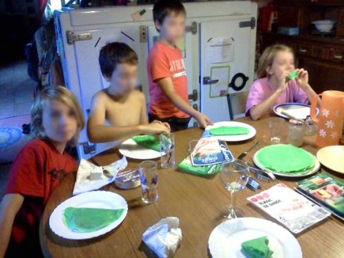 Comment se débarrasser des enfants pendant les vacances : #1 le poison