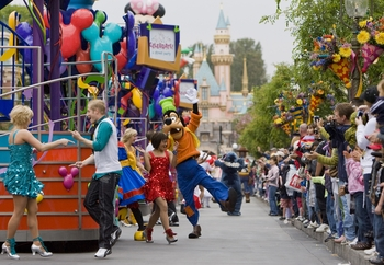 dlr - main street rocks as disneyland resort celebrates spring 4-9-09