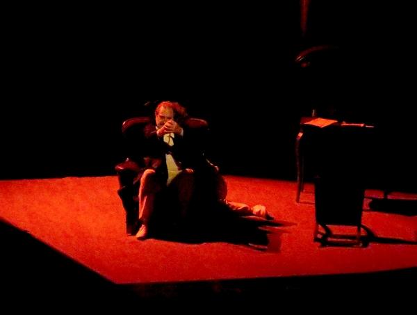 """""""Le Horla"""" de Guy de Maupassant, présenté par le théâtre de l'Accalmie, a subjugué les spectateurs au TGB"""