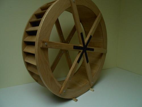 Roue de moulin miniature (réalisation inspirée de la roue du moulin de BUAIS 50) échelle: 1/6