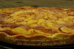 Tarte aux pommes, crème d'amandes et caramel au beurre salé