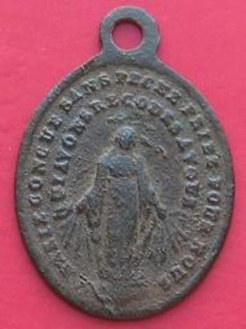 Médaille religieuse Confrérie Notre Dame de Fourvière  avers.jpg b