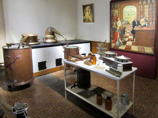 L'Hôtel-Dieu des  Hospices de Beaune a émerveillé les adhérents de l' Association Culturelle du Châtillonnais