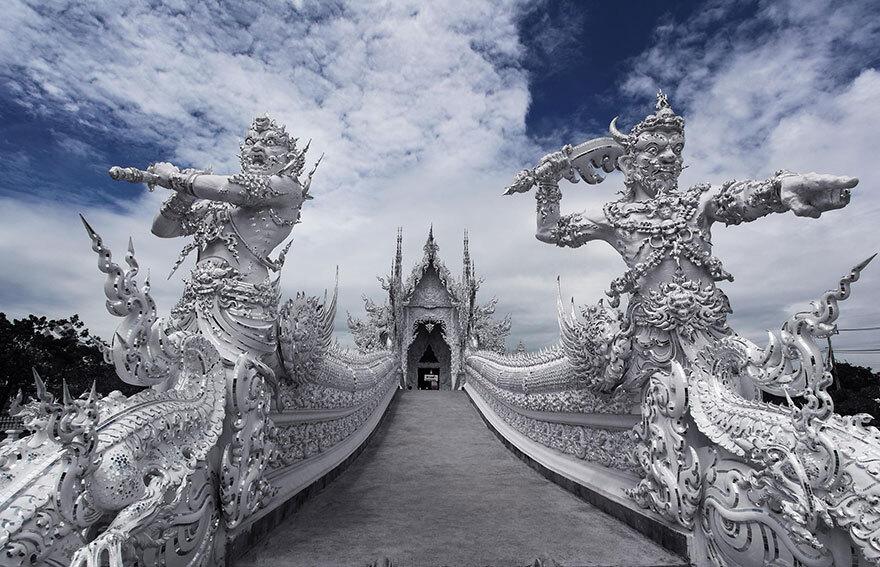 white-temple-thailand-33