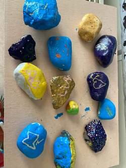 -De jolies pierres en maternelle