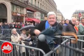 """Résultat de recherche d'images pour """"petit journal agression"""""""