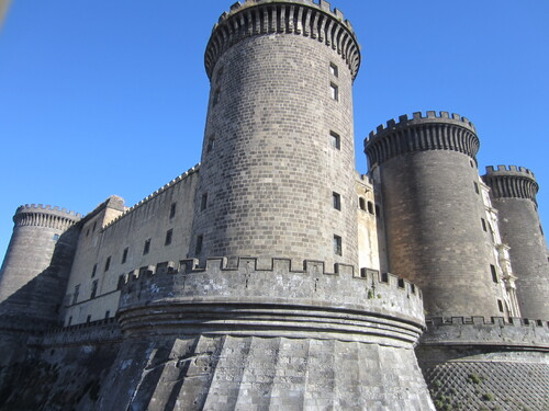 Calendrier de l'Avent, jour 9: un château en Italie