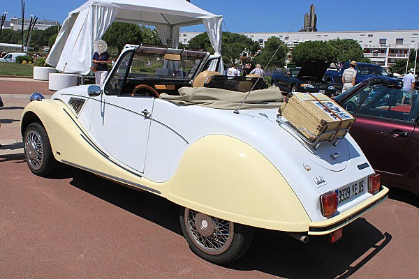2cv cabriolet-2-