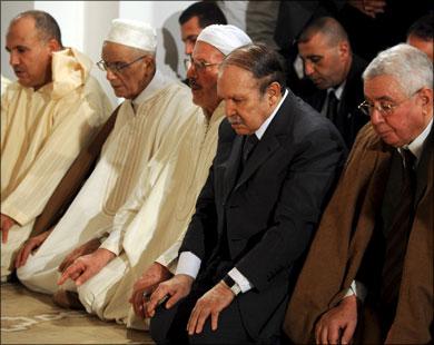 أنشطة مشبوهة لمجموعات صوفية بالج