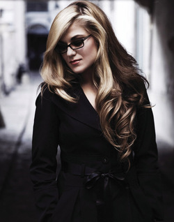 MELODY GARDOT - Our Love is Easy,     Jazz (Smooth)